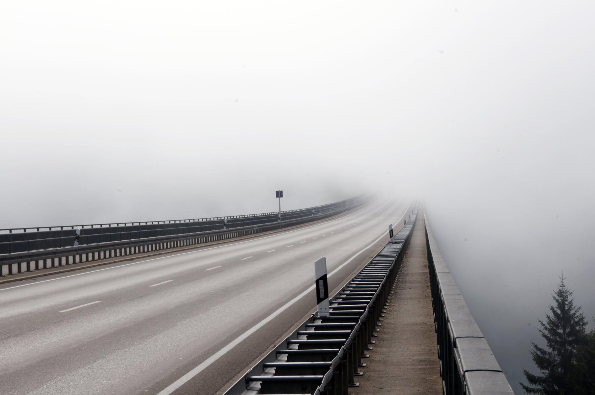 Die unendliche Brücke.